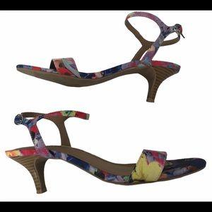 Unlisted floral kitten heel sandal Shoes size 7